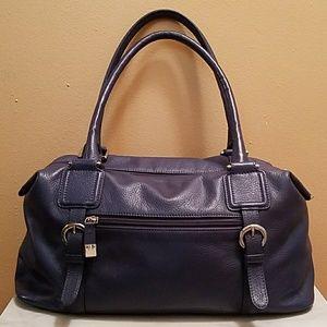 B Collective Buxton Leather shoulder bag